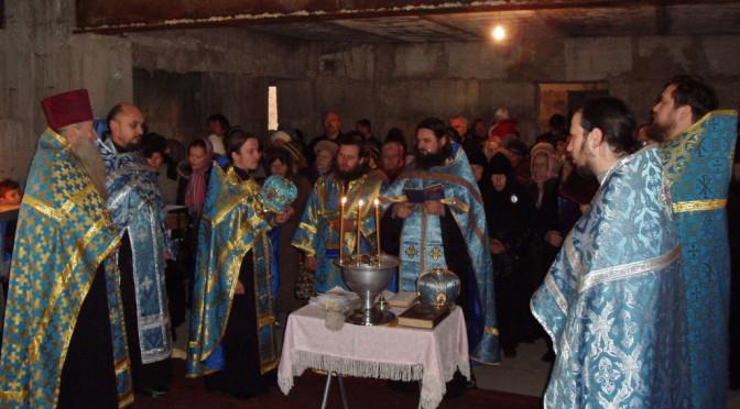 Торжественный молебен в храме-часовне